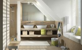 Badezimmer mit Schräge
