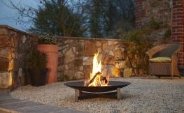 Wärme und Licht mit echtem Feuer