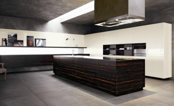 Moderne Küche mit viel Farbe