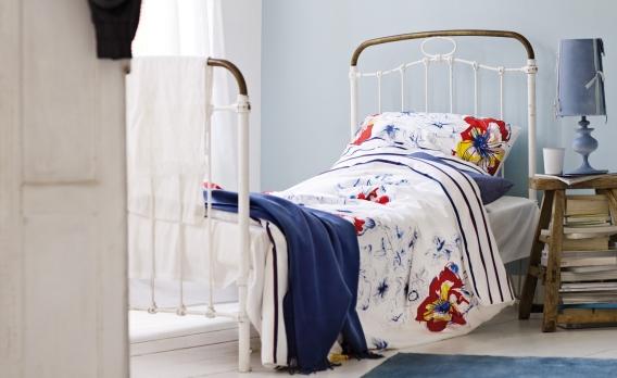 sch ne dekoideen f r das schlafzimmer. Black Bedroom Furniture Sets. Home Design Ideas