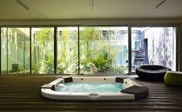 Wellness für Zuhause mit Whirlpool