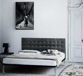 Schlafzimmer und Bett