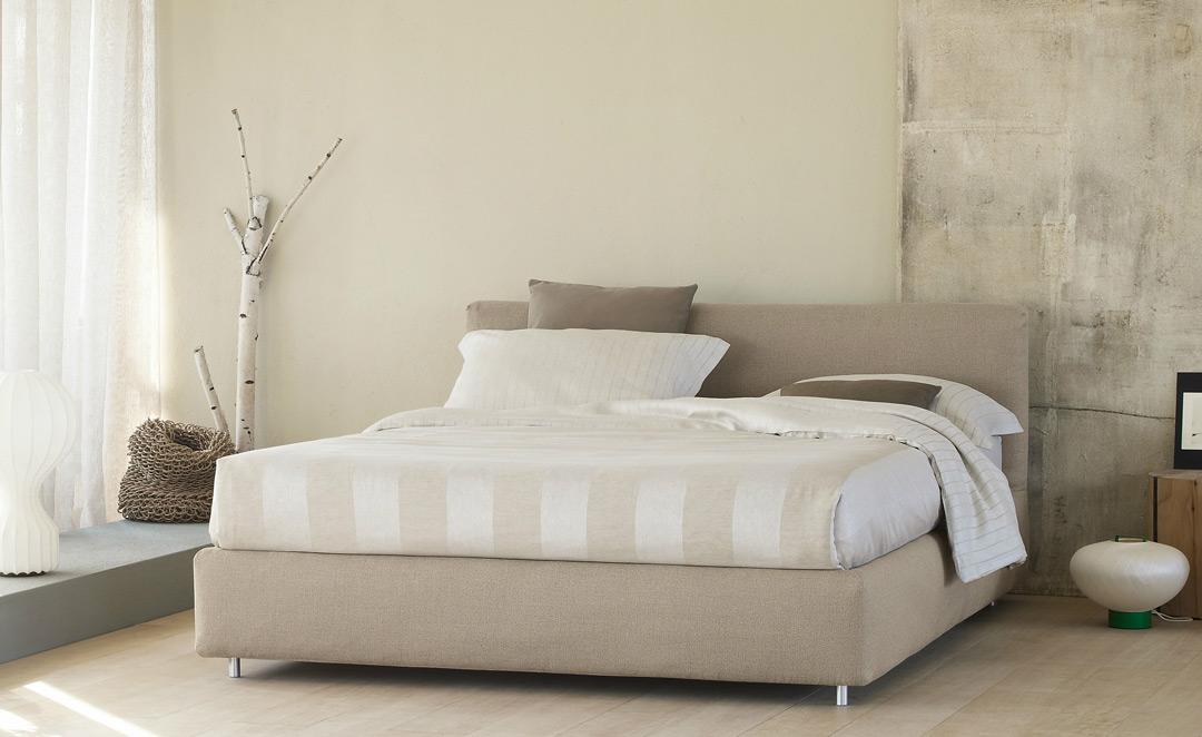 Schlafzimmer Tapete Feng Shui : Flou Nathalie Bed