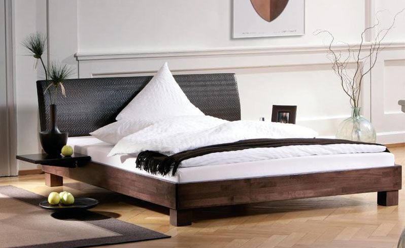 feng shui bett. Black Bedroom Furniture Sets. Home Design Ideas