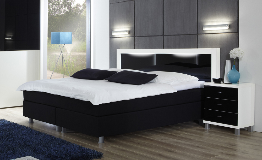 schlafzimmer mit boxspringbett images 29 ikea hacks to freshen up your bedroom brit co luxus. Black Bedroom Furniture Sets. Home Design Ideas