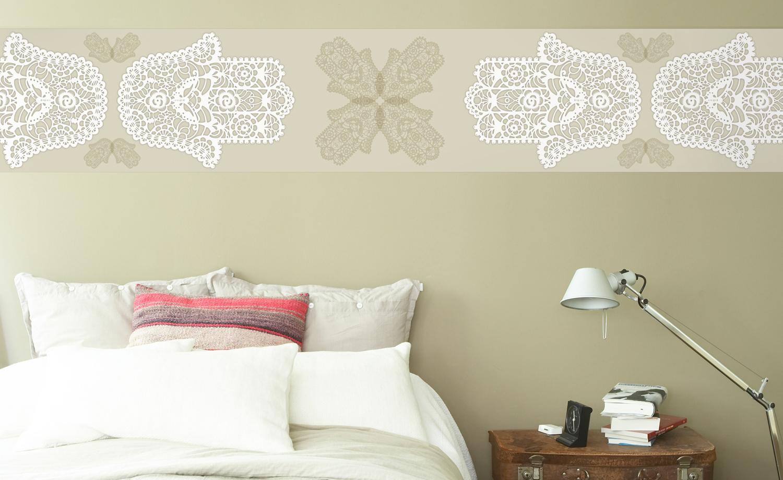 Wandbordüren und Wandtattoos