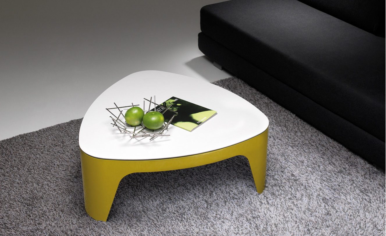 moderner couchtisch. Black Bedroom Furniture Sets. Home Design Ideas
