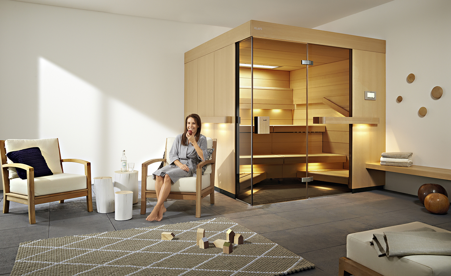 luxus pur wellnessbad mit sauna. Black Bedroom Furniture Sets. Home Design Ideas