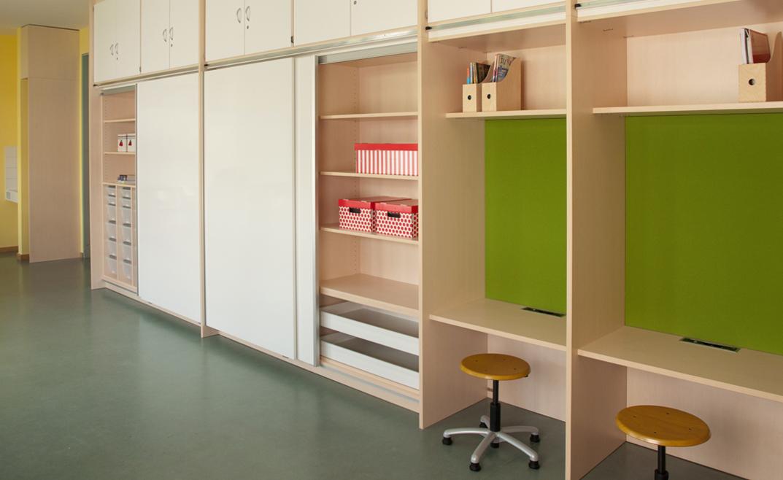 Schön Schule Möbel
