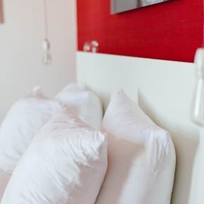 Red Room Vesper Hotel