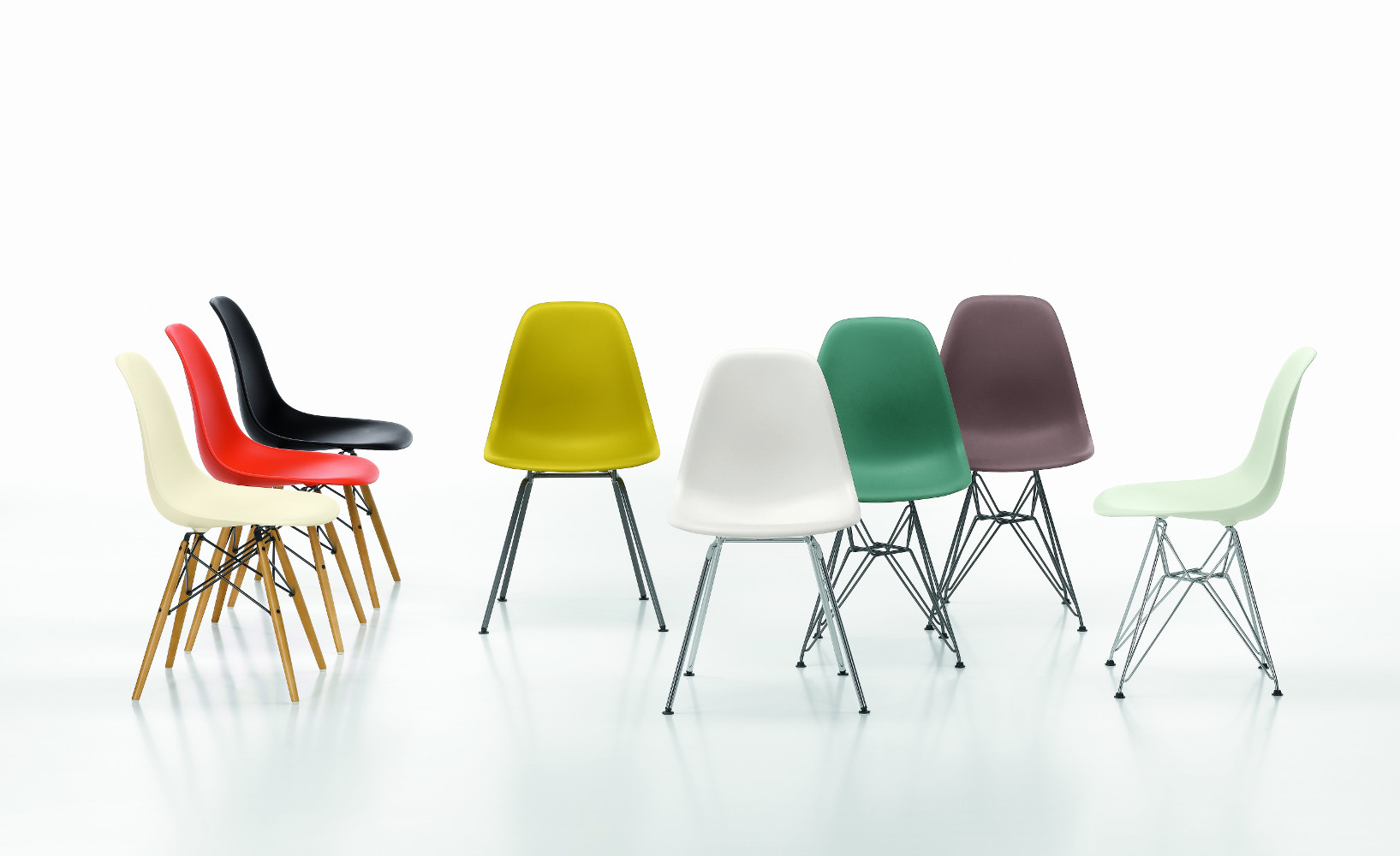 vitra stuhl eames plastic chair gruppe bunt. Black Bedroom Furniture Sets. Home Design Ideas