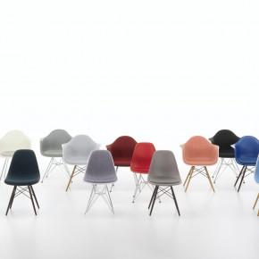 Vitra Stuhl Eames Plastic Chair Gruppe 1