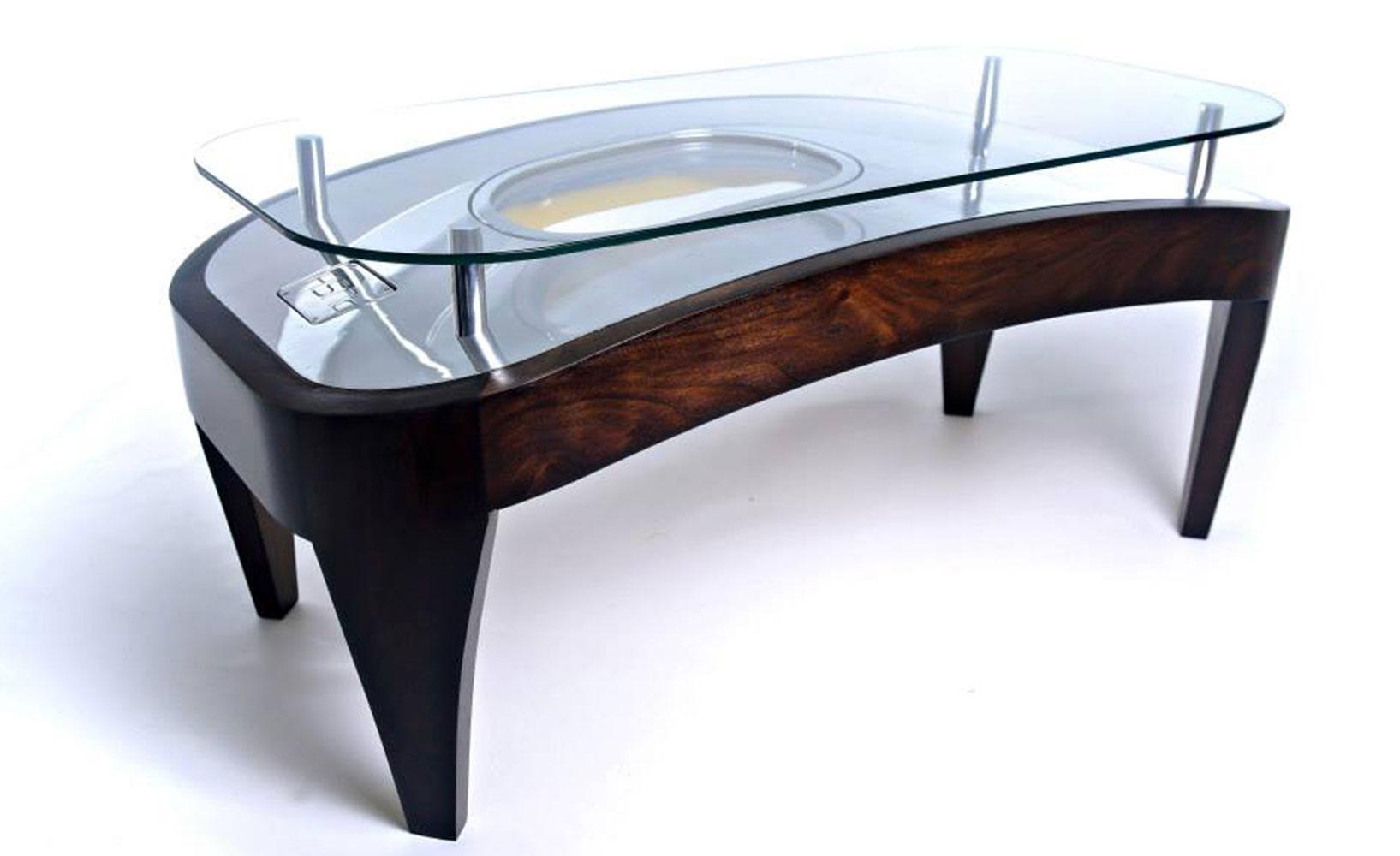 Upcycling Tisch ~ Upcycling  Möbel aus alten Flugzeugteilen