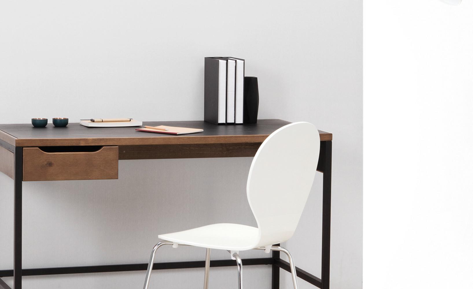 ergonomische schreibtische f r das arbeitszimmer. Black Bedroom Furniture Sets. Home Design Ideas