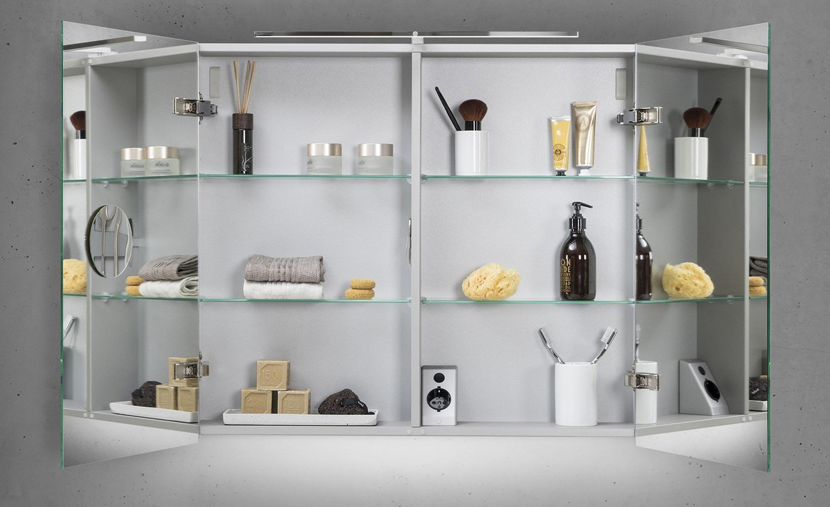 ordnung und stil im badezimmer dank spiegelschr nken. Black Bedroom Furniture Sets. Home Design Ideas