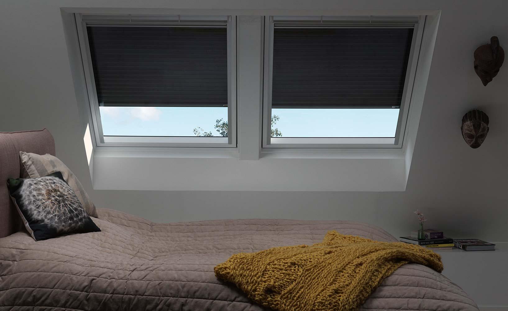 fenster k che unterlicht k che wandfliesen wei plexiglas spritzschutz nischenwandverkleidung. Black Bedroom Furniture Sets. Home Design Ideas