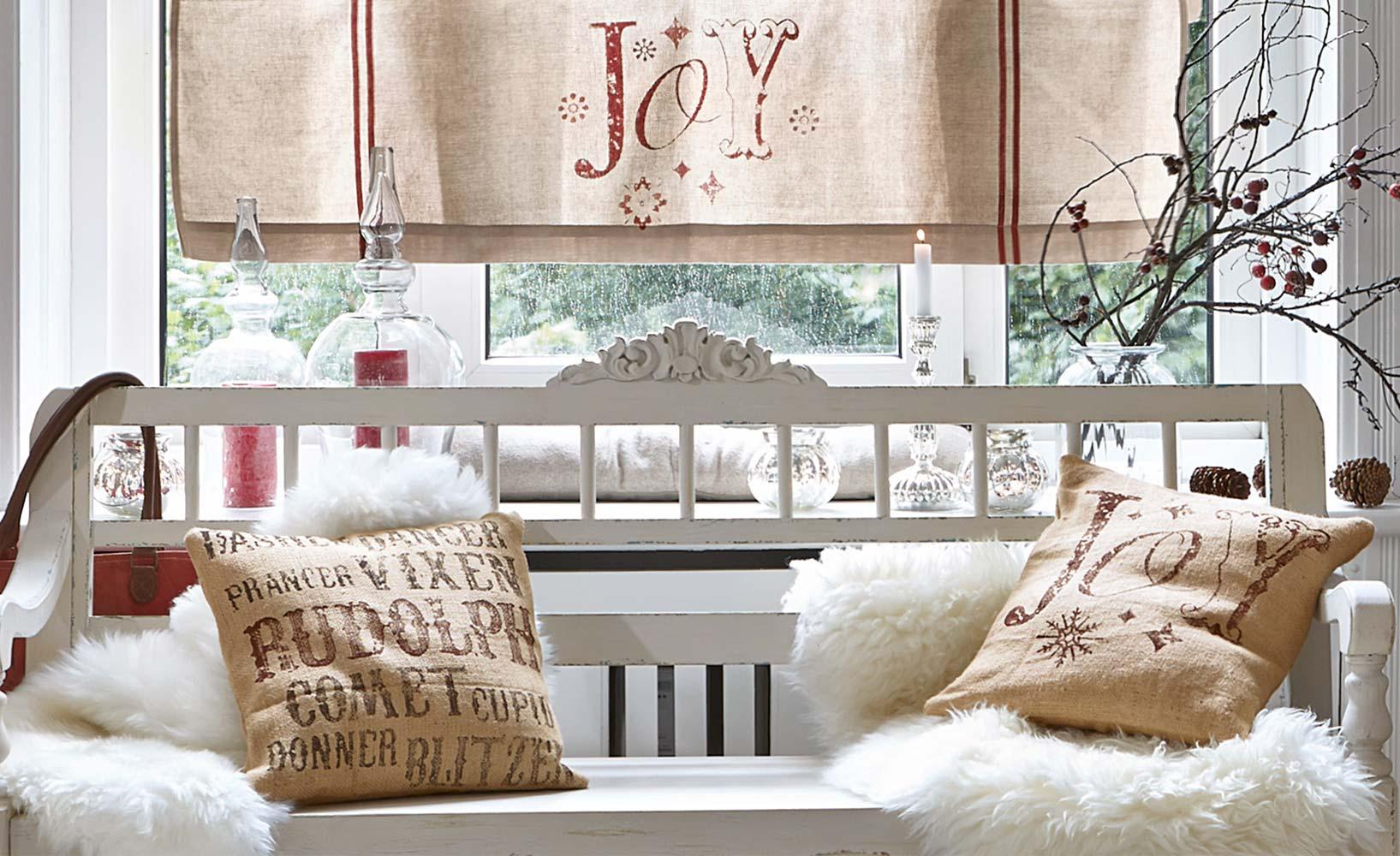 weihnachtliche winterlandschaft im flur und im wohnzimmer. Black Bedroom Furniture Sets. Home Design Ideas