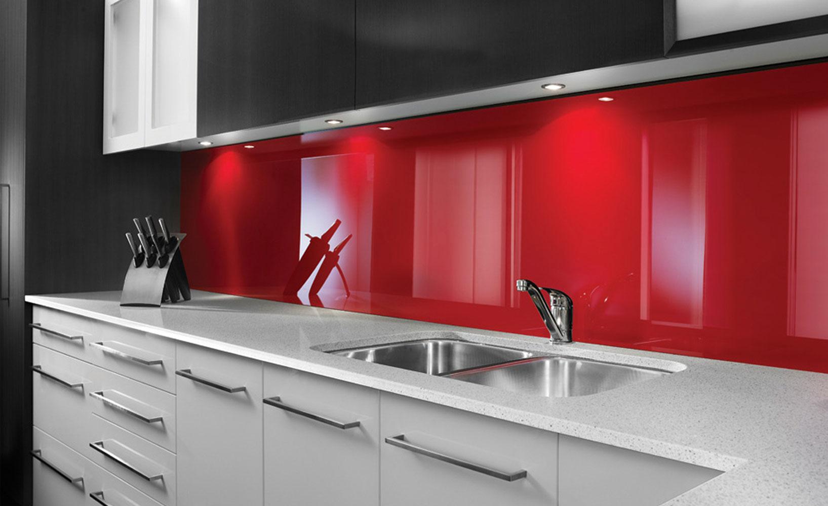 der k che einen edlen look verpassen mit acrylglas klappt 39 s. Black Bedroom Furniture Sets. Home Design Ideas