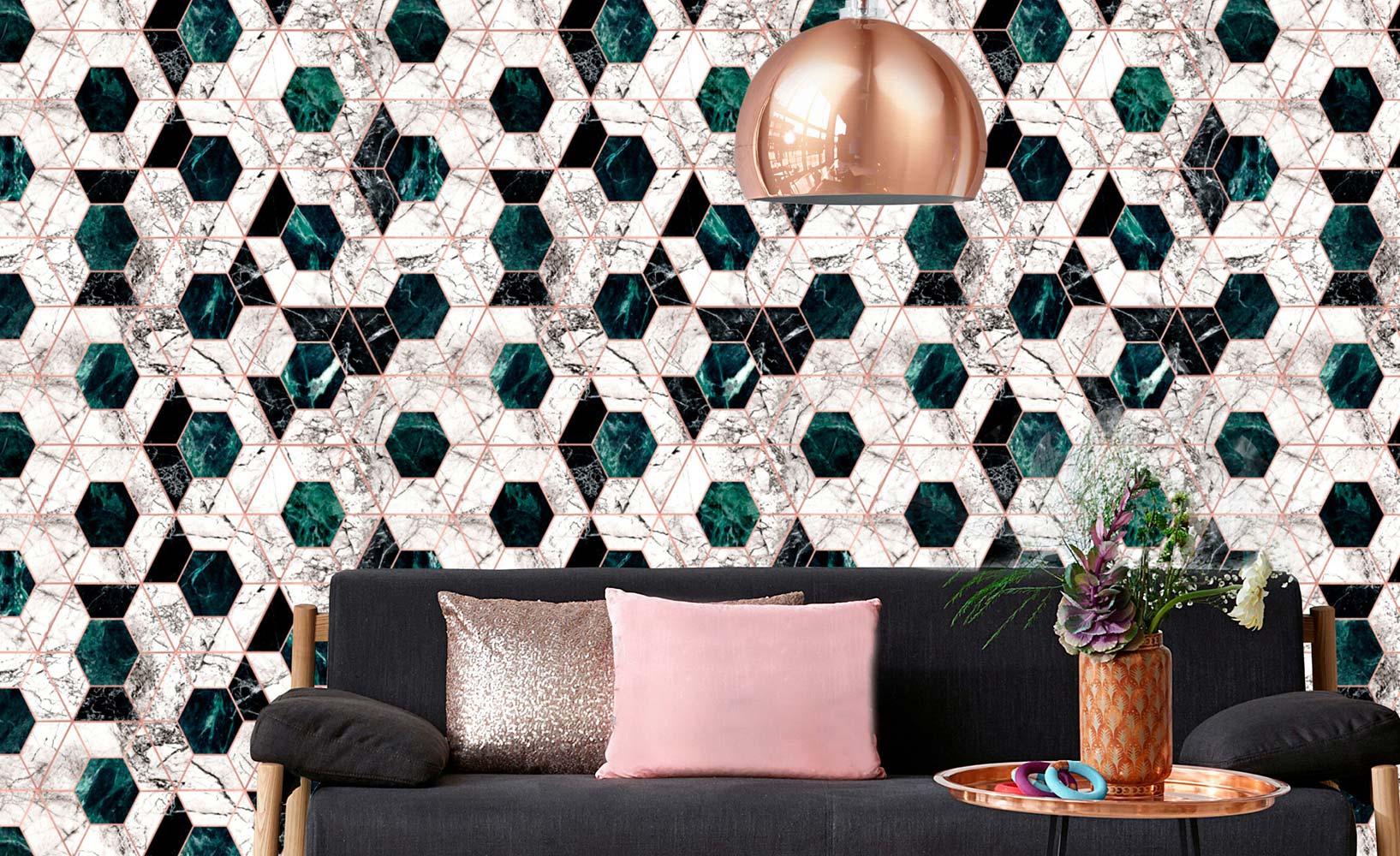 Wandgestaltung im Metallic-Look