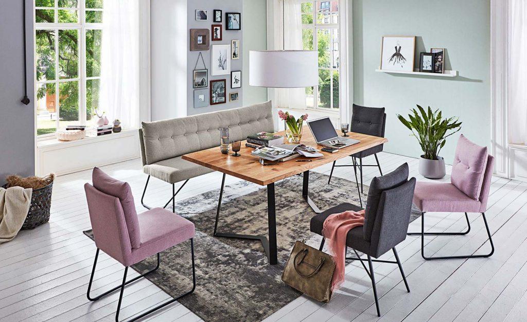 Esszimmerbänke: Relikt alter Zeiten oder Möbel der Moderne?