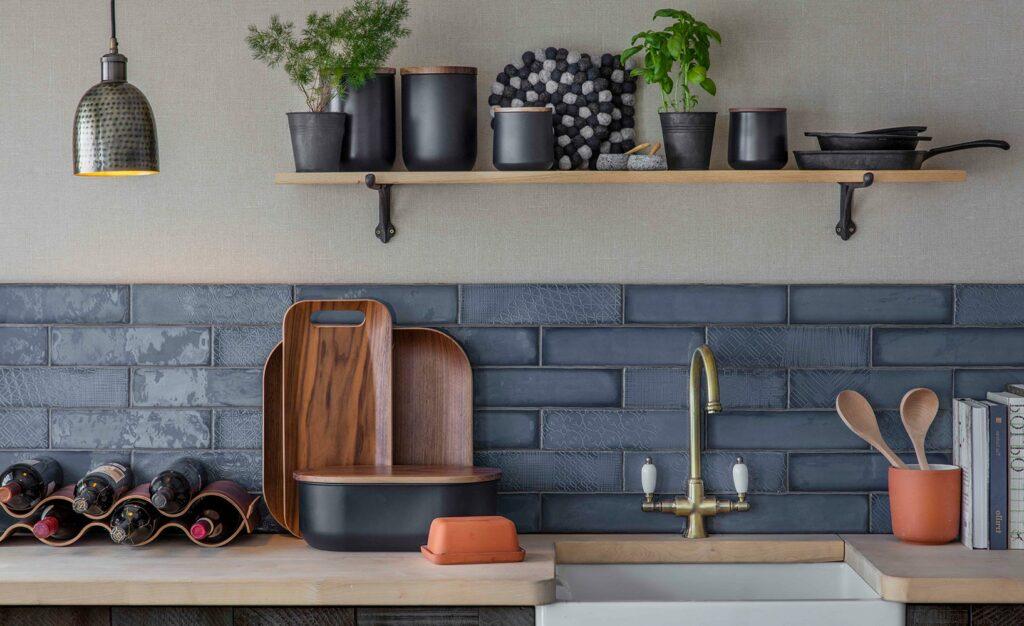 Küchenrückwand selbst montieren