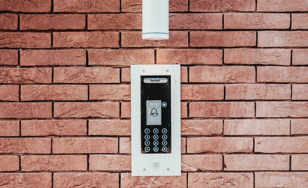 Alarmsystem installieren